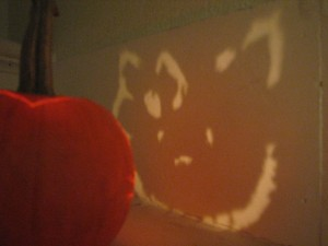 "pumpkin carving ""jack o'lantern"" ""hello kitty"""