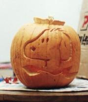 "pumpkin carving ""jack o'lantern"" snoopy"